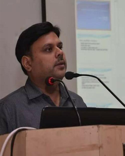 Dr. Nitesh Dhawan